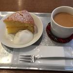 フードムード - ビクトリアンケーキとチャイ