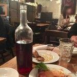 Bistro ひつじや - ひつじやセレクトのオススメボトルワイン(赤)990円くらい?