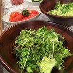 合戦大食事処  - サラダバーの野菜は市場直接仕入れの新鮮、シャキシャキ!