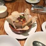 LOBOS - クルミとレーズンの鶏レバーパテ