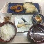 六ツ美食堂 - 日替り¥¥480
