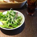 8212214 - ランチ:サラダ・ドリンク・パン4種