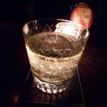 バー キサラ - オールドパー ソーダ割り