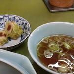 光龍園 - 小鉢、スープ付きます