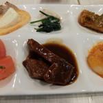 エピナール那須 - 夕食:ビーフシチュー、海老チリ