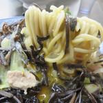 井手ちゃんぽん - 野菜と麺とキクラゲを生卵に絡ませて食べるチャンポンは最高!