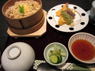 岩むら - あさりのわっぱ飯定食(\1380)