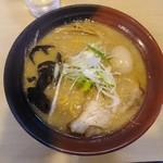 82130223 - 「胡麻味噌ラーメン」800円。