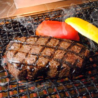 【名物】黒毛和牛1ポンドステーキ!!