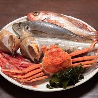 豊富に揃った「キトキトな富山の魚介類」