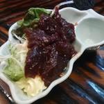 82141065 - クジラ肉の刺身。美味い!