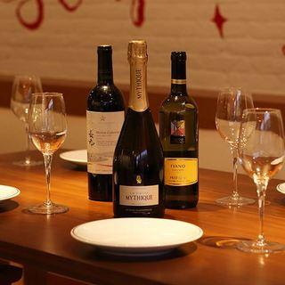 厳選されたイタリア産ワインは全22種