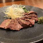 梅田肉料理 きゅうろく - 63度30分低温調理 生食感レバー