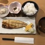 82154759 - 塩サバ定食