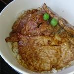 うらほろ亭 - 豚丼