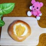 焼きたてパンとランチのお店 こめやのぱんや COCO BAKERY - リンゴチーズタルト ¥120