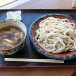くまどん - 肉汁うどん(中)680円