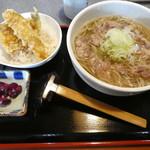 山形一寸亭 - ランチの天丼セット925円