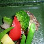 ブラン・ド・ブラン - 鮪のカルパッチョと野菜