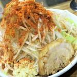 デカ盛り戦隊 豚レンジャー - ラーメン+野菜ニンニクチョイ辛