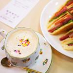 82187595 - チョコレートの甘い珈琲♪