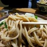 角萬 - こちらの太い蕎麦リフト
