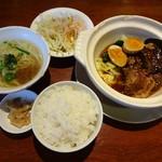 82191554 - 豚角煮と青菜の定食セット