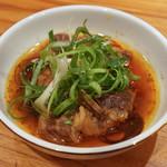 東京肉しゃぶ家 - オックステール醤油煮込みに九条ネギ