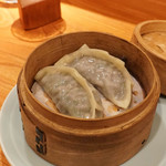 東京肉しゃぶ家 - 蒸し餃子