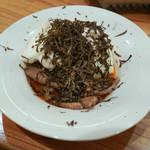 東京肉しゃぶ家 - シャトーブリアンのすき焼きにメレンゲ