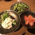 個室 肉割烹 KATANA - トマト胡麻和え、ポテトサラダ、枝豆