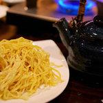 和ビストロ [i:z] 梅酒 × modern living - 生麺