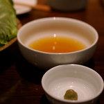 和ビストロ [i:z] 梅酒 × modern living - し ゃ ぶ し ゃ ぶのたれ(だし汁)
