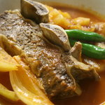 レストラン ベリンバウ - ガッツリ系にうれしい骨付き牛スペアリブのトマトソース煮