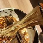 中国料理 麟 - 細めのストレート麺