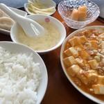 上海厨房 - マーボ豆腐 750円