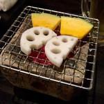 炉端dining ろい - お通し 500円〜お代わり自由