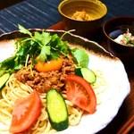 ondo - 夏期限定ランチ〈沖縄辛味ジャージャー麺〉