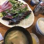 田中鮮魚店 - 鰹のタタキ、ウツボのたたき。どれも美味しい!特にウツボ!