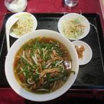 上海料理 随苑 - 青椒肉絲麺