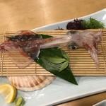 82235617 - 刺身を食べた後、天ぷらにしてくれます
