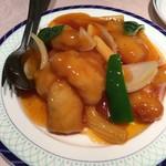 杏花楼 - 白味魚の甘酢和え