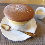 六盛 スフレ・カフェコーナー茶庭 - バニラスフレ