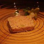 ウタカタ - しっかり熟成させたパテ