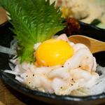 博多筑紫口 肉寿司 - 白いユッケ。
