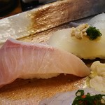 82243017 - 地魚握り  ブリ、カワハギ