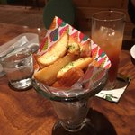 ピースボウルカフェ - プレーン&ガーリックのフライドポテト 400円