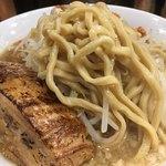 らーめん  忍者 - ゴワ系の麺