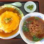 台湾料理 吉祥 - 料理写真:天津飯&台湾ラーメン 680円