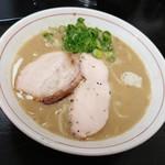 82253980 - 鶏白湯